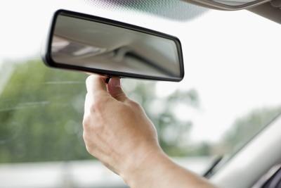 Montaj oglinda auto