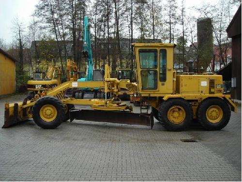 Inchiriere buldozer Caterpillar - Buldozer
