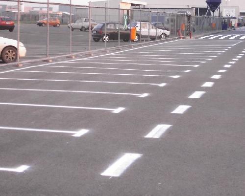 Marcaje parcari si hale industriale