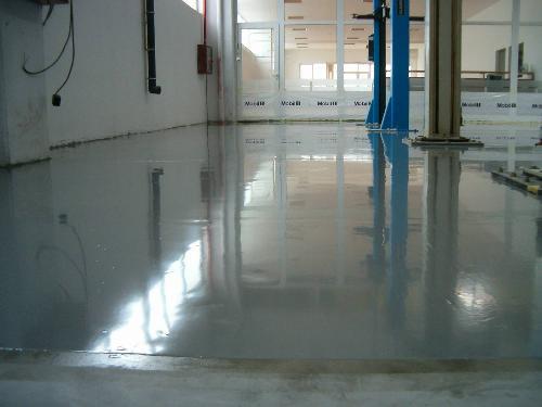 Vopsea speciala pentru pardoseli din beton