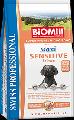 Hrana Super Premium Biomill Maxi Sensitive - Somon