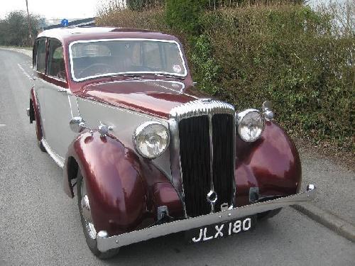 Inchiriere masini epoca Daimler DB18