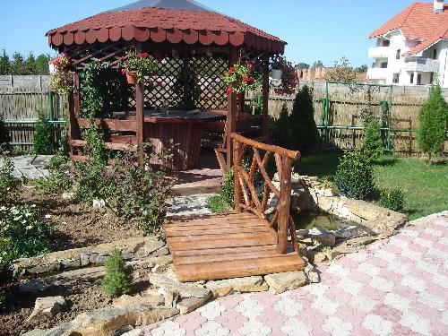 Mobilier de lemn pentru gradina