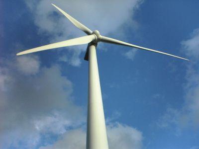 Mentenanta/service turbine eoliene si panouri fotovoltaice