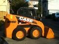 Inchiriere mini-incarcator Case SR150