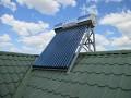 Panouri solare cu tuburi vidate si rezervor integrat