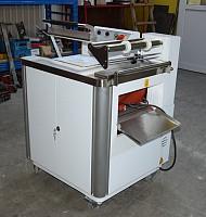 Masina de ambalat in folie FM 400