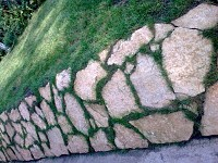 Taluzuri piatra naturala sau compozit