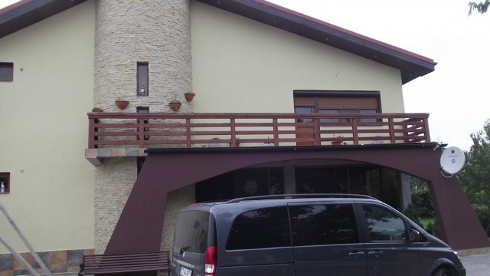 Balustrada exterioara din lemn Cernavoda