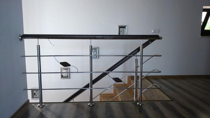 Balustrade inox insertie lemn model deosebit