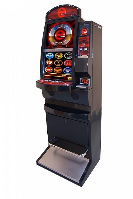 Tip slot machine