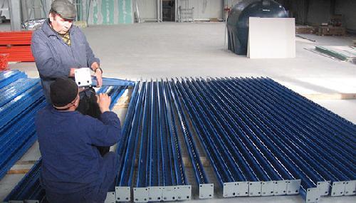 Montaj rafturi metalice