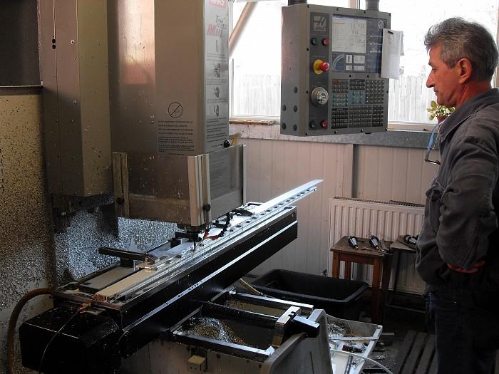 Prelucrari mecanice cu masini de frezat si strunguri CNC - C