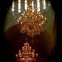 candelabre biserica