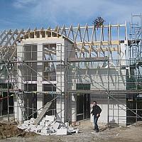 case lemn la rosu