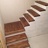 scari cu trepte lemn