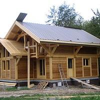 case din lemn ieftine