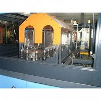 masina de suflat flacoane