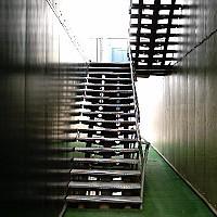 scara metalica exterioara