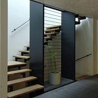 scara interioara metalica
