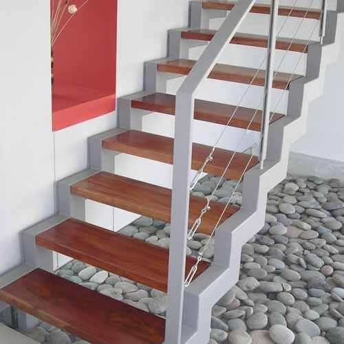 Scari pe structura metalica 9 oferte de la 8 firme - Precio escaleras de madera ...