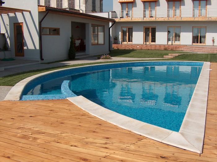 Constructie piscine 23 oferte de la 13 firme for Constructie piscine